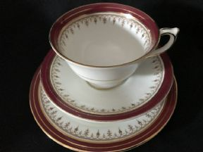 Elegant Aynsley tea trio